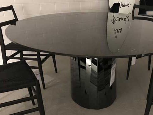 Pli Dining Table
